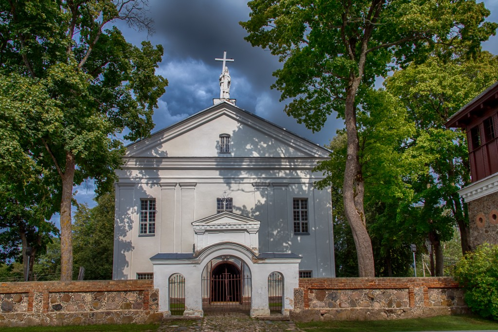 Giedraičių Šv. Baltramiejaus bažnycia
