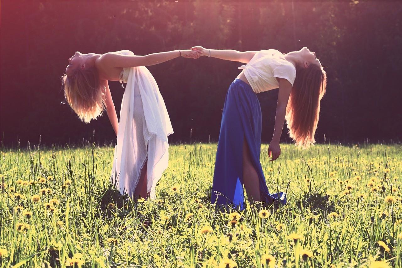 Dovanų idėjos draugei: kaip nustebinti net išrankiausią?