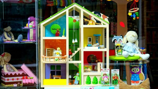 Vaikiškų žaislų parduotuvė - dar populiaru ar jau tabu?