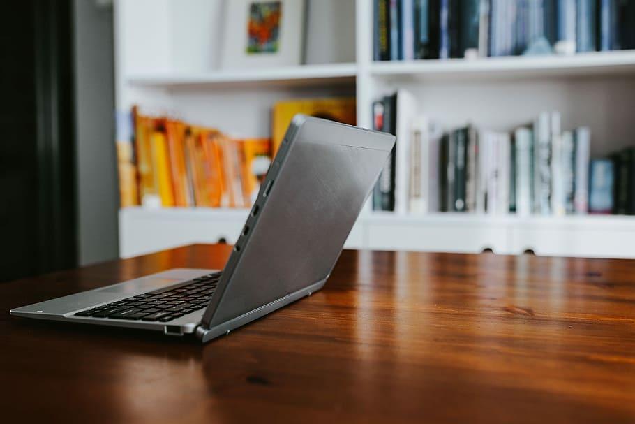 Kaip sukurti darbo vietą namuose  sau?