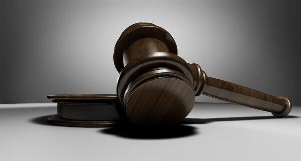 Pavevėžio apylinkės teisme gausu Valstybinio studijų fondo skolininkų