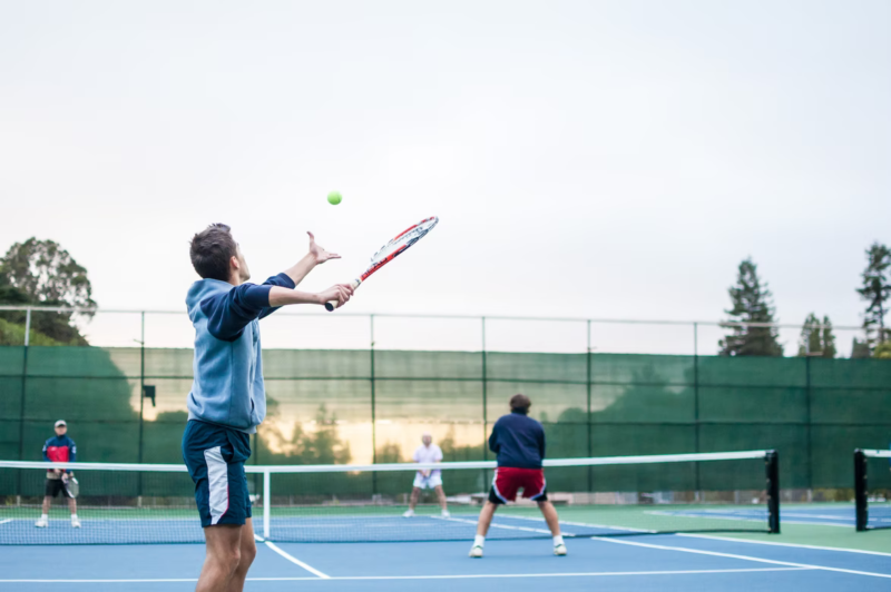 Kodėl verta pradėti žaisti tenisą jau dabar?