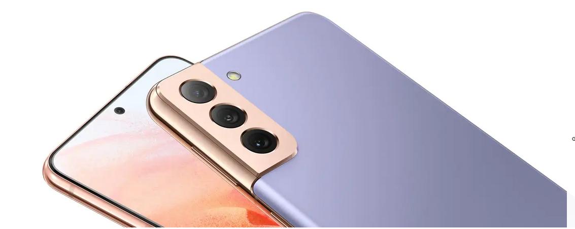 """""""Samsung Galaxy S21"""", """"S21+"""" ir """"S21 Ultra"""" oficialiai pristatyti. Kokie yra pirmieji 2021 m. flagmanai?"""